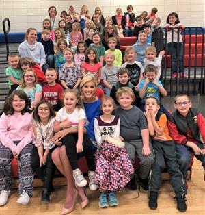 Ms. Tennessee Visits Petros Joyner School